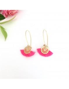 Boucles d'oreilles Isis - pompon rose fluo - Mathilde Forget - Comptoir Doré
